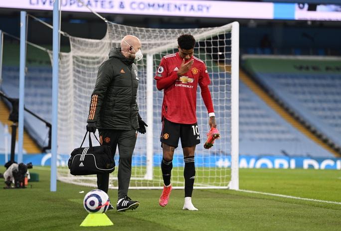 Man United sốc khi mất nhiều trụ cột trước cuộc chạm trán AC Milan - Ảnh 5.