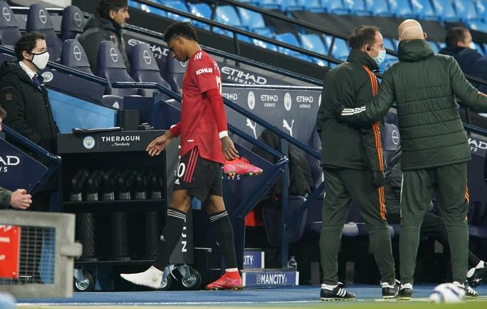 Man United sốc khi mất nhiều trụ cột trước cuộc chạm trán AC Milan - Ảnh 4.