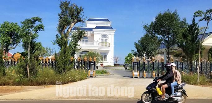 Buộc cưỡng chế tháo dỡ biệt thự khủng không phép ở TP Bảo Lộc - Ảnh 5.