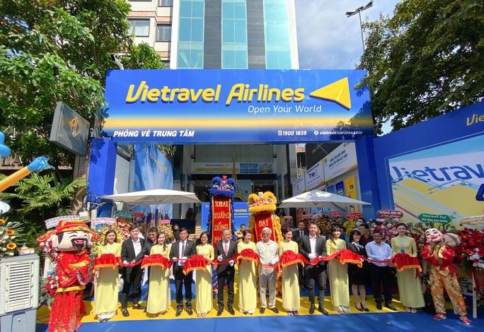 Vietravel Airlines khai trương hệ thống phòng vé toàn quốc - Ảnh 1.