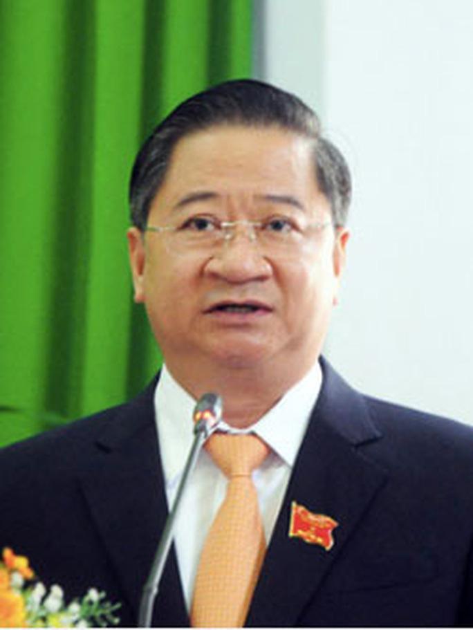 Ông-Trần-Việt-Trường