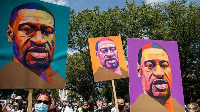 Mỹ: Gia đình người da màu bị chẹt cổ nhận tiền bồi thường khủng - Ảnh 2.