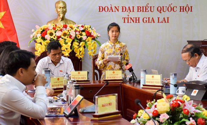 Vì sao bà Ksor H'Bơ Khăp không tái ứng cử đại biểu Quốc hội? - Ảnh 1.