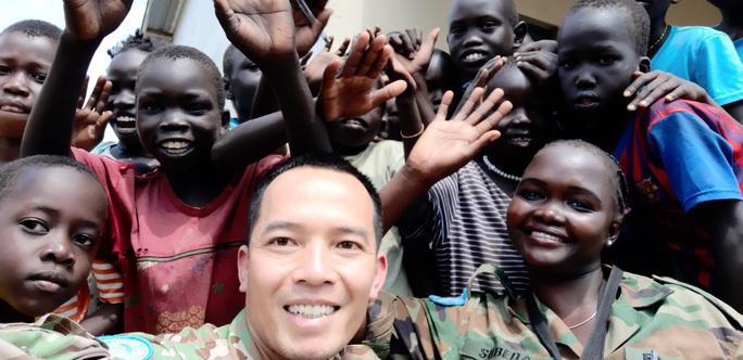 Chân dung sĩ quan tốt nghiệp chuyên ngành biệt động lên đường làm nhiệm vụ tại LHQ - Ảnh 2.