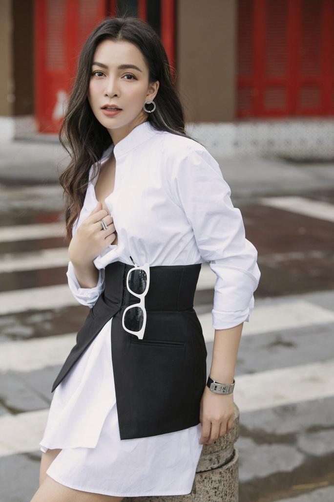 Hoa hậu Bolero Mỹ Ngọc khoe nhẫn cầu hôn, dân mạng chúc mừng hạnh phúc - Ảnh 7.