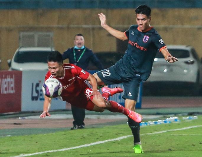 Ngọc Hải trở lại ghi bàn giúp CLB Viettel thắng đậm trước Bình Dương - Ảnh 4.