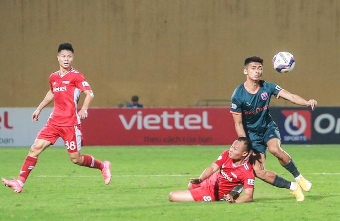 Ngọc Hải trở lại ghi bàn giúp CLB Viettel thắng đậm trước Bình Dương - Ảnh 9.
