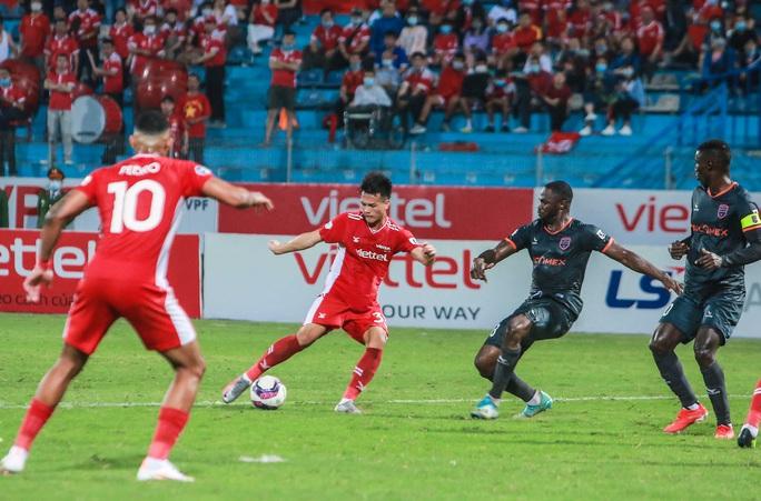 Ngọc Hải trở lại ghi bàn giúp CLB Viettel thắng đậm trước Bình Dương - Ảnh 11.
