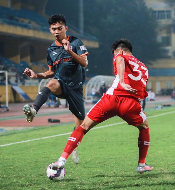 Ngọc Hải trở lại ghi bàn giúp CLB Viettel thắng đậm trước Bình Dương - Ảnh 13.