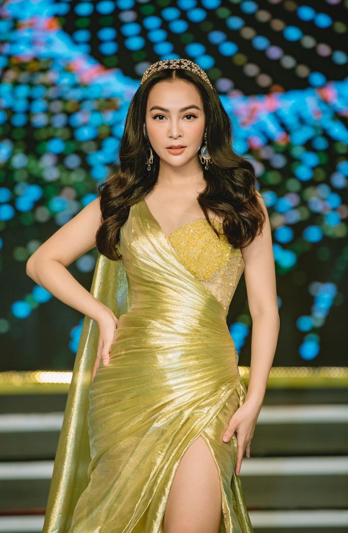Hoa hậu Bolero Mỹ Ngọc khoe nhẫn cầu hôn, dân mạng chúc mừng hạnh phúc - Ảnh 4.