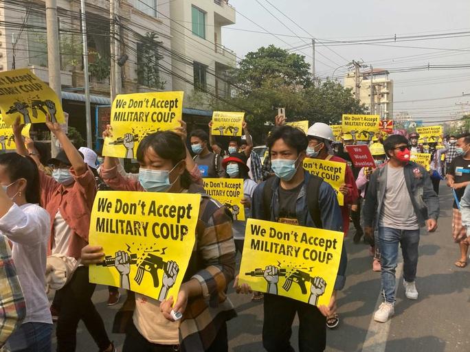 Thương vong tiếp diễn ở Myanmar - Ảnh 2.