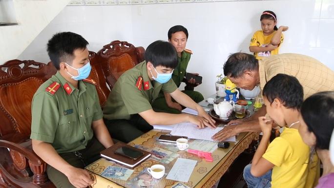 Quảng Ngãi tốn hơn 200 triệu để mời thần y Võ Hoàng Yên về khám, chữa bệnh - Ảnh 2.