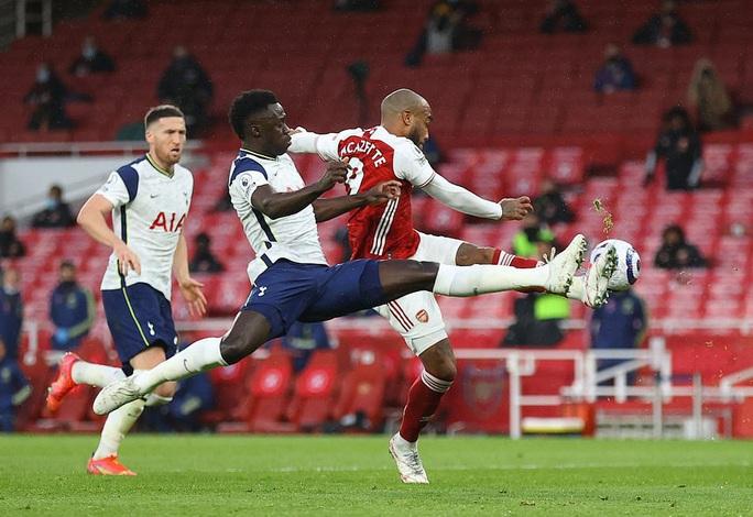 Nghiệt ngã phạt đền và thẻ đỏ, Tottenham thua đau Arsenal trận derby - Ảnh 1.