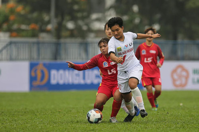 Kịch tính tại giải bóng đá nữ trẻ quốc gia - Ảnh 1.
