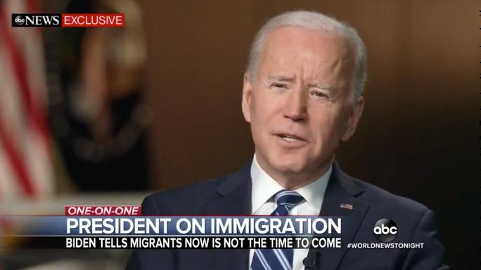Người di cư vỡ mộng với Tổng thống Biden - Ảnh 1.