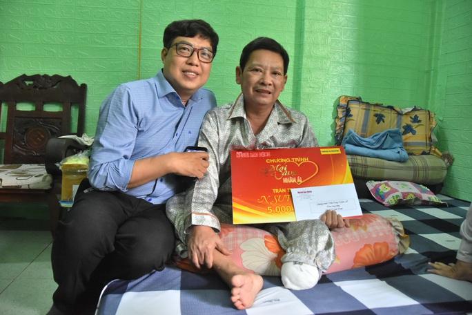 Chương trình Mai Vàng nhân ái thăm NSƯT Linh Phước và nghệ sĩ Thái Thanh Hằng - Ảnh 4.