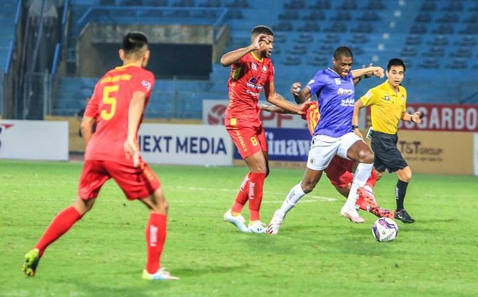 Quang Hải vắng mặt, Bruno ghi cú đúp giúp CLB Hà Nội thắng Thanh Hoá - Ảnh 3.