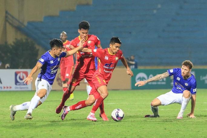 Quang Hải vắng mặt, Bruno ghi cú đúp giúp CLB Hà Nội thắng Thanh Hoá - Ảnh 6.