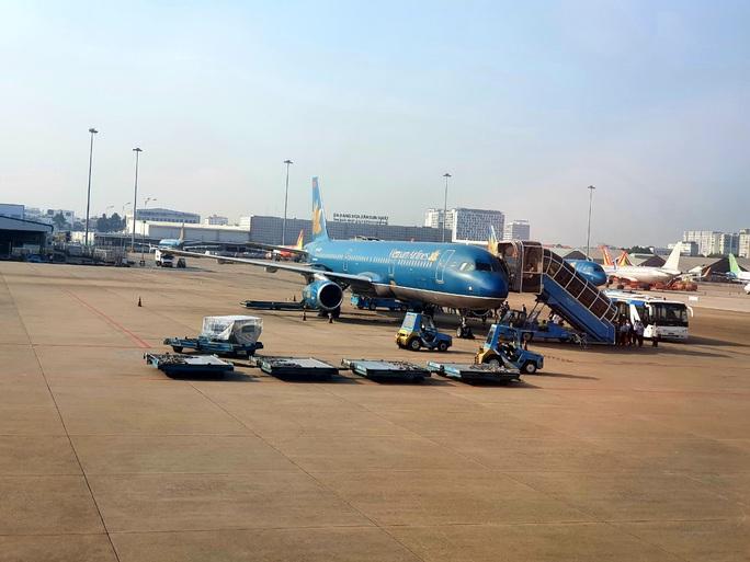 Hàng không tăng chuyến đến các điểm du lịch hút khách - Ảnh 1.