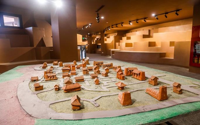 """CLIP: Cận cảnh công trình """"độc lạ"""" kinh phí 150 tỉ đồng ở làng gốm Bát Tràng - Ảnh 16."""