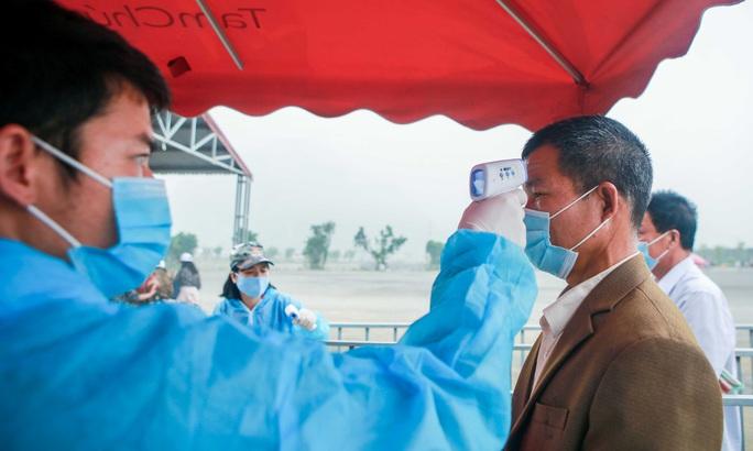 5 vạn người đổ về chùa Tam Chúc: Chùa xây dựng hệ thống phòng chống dịch Covid-19 - Ảnh 6.