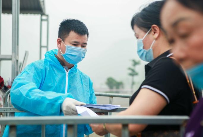 5 vạn người đổ về chùa Tam Chúc: Chùa xây dựng hệ thống phòng chống dịch Covid-19 - Ảnh 9.