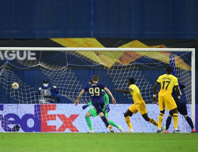 Tottenham thua sốc, dừng bước đầy tủi hổ ở Europa League - Ảnh 3.