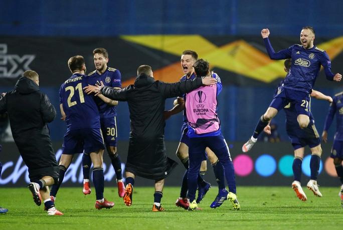 Tottenham thua sốc, dừng bước đầy tủi hổ ở Europa League - Ảnh 5.