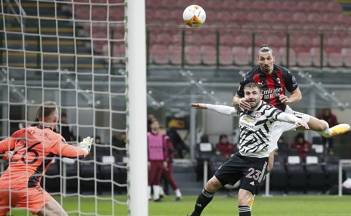 Pogba chói sáng, Man United nghẹt thở vào tứ kết Europa League - Ảnh 6.