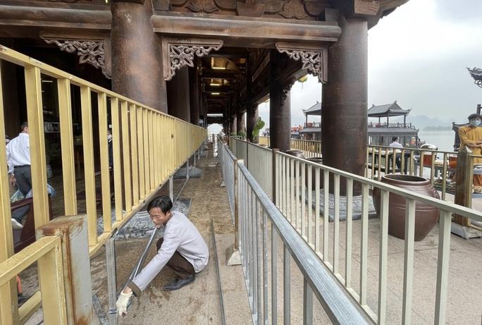 5 vạn người đổ về chùa Tam Chúc: Chùa xây dựng hệ thống phòng chống dịch Covid-19 - Ảnh 4.