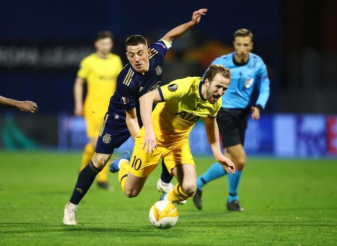 Tottenham thua sốc, dừng bước đầy tủi hổ ở Europa League - Ảnh 1.