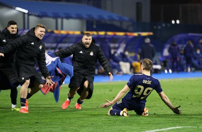 Tottenham thua sốc, dừng bước đầy tủi hổ ở Europa League - Ảnh 4.