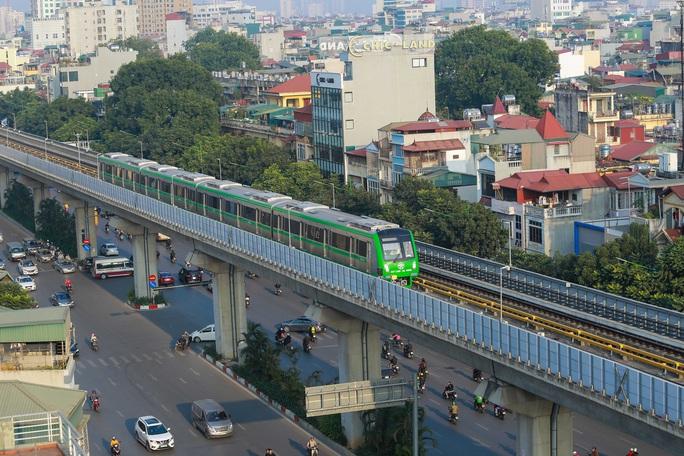 Thị sát  đường sắt Cát Linh-Hà Đông, lãnh đạo Hà Nội nói gì về việc bàn giao dự án? - Ảnh 2.