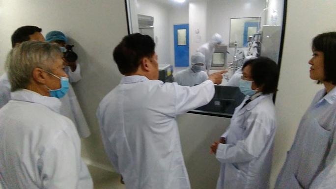 Việt Nam nỗ lực phủ sóng vắc-xin Covid-19 (*): Ưu tiên sản xuất vắc-xin trong nước - Ảnh 1.