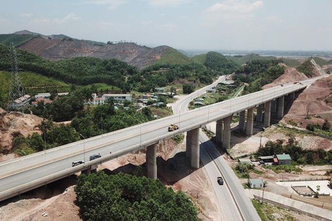 Đường cao tốc: Bệ phóng cho Quảng Ninh phát triển - Ảnh 1.