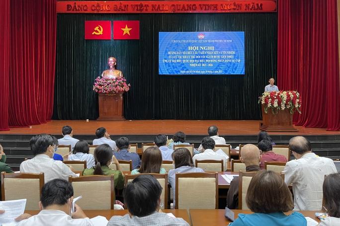 TP HCM: Lấy ý kiến cử tri để sàng lọc người ứng cử đại biểu Quốc hội - Ảnh 1.