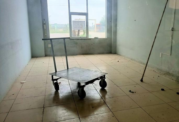 Trung tâm nông nghiệp 17 tỉ đồng ở Thanh Hóa xây xong để làm... cảnh - Ảnh 17.