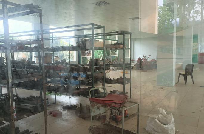 Trung tâm nông nghiệp 17 tỉ đồng ở Thanh Hóa xây xong để làm... cảnh - Ảnh 9.
