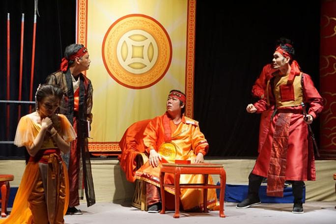 Mỹ thuật sân khấu: Sáng tạo và thích ứng - Ảnh 1.