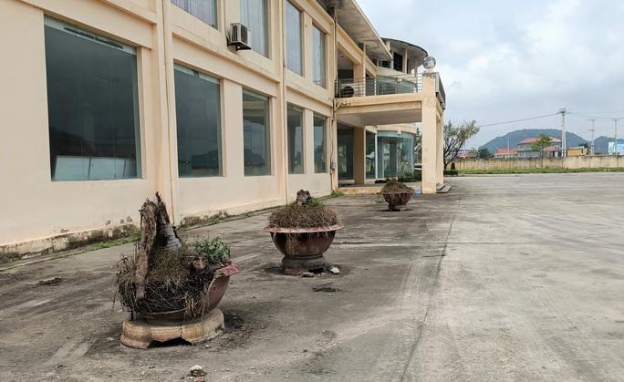 Trung tâm nông nghiệp 17 tỉ đồng ở Thanh Hóa xây xong để làm... cảnh - Ảnh 4.
