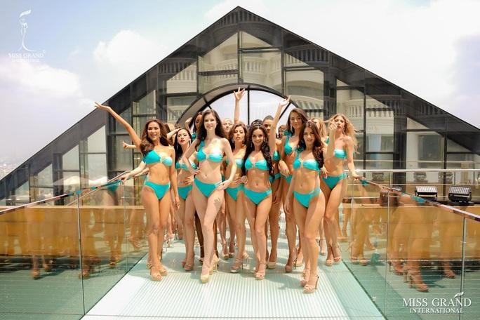 Hấp dẫn nhan sắc Hoa hậu Hòa Bình Thế giới 2020 diện bikini - Ảnh 3.