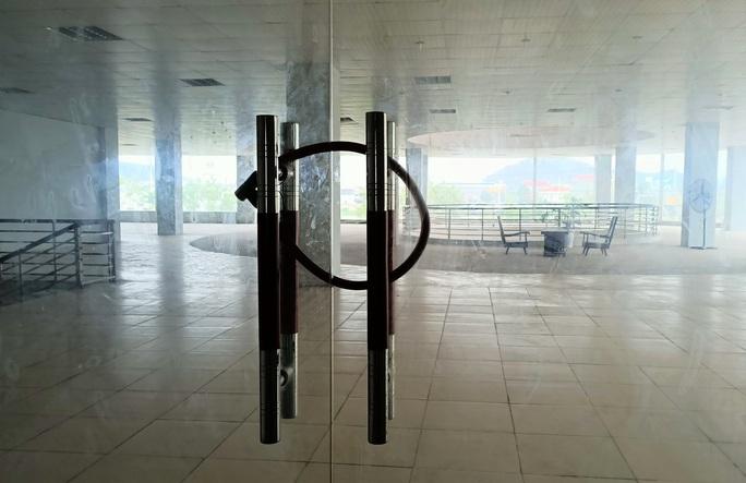 Trung tâm nông nghiệp 17 tỉ đồng ở Thanh Hóa xây xong để làm... cảnh - Ảnh 14.