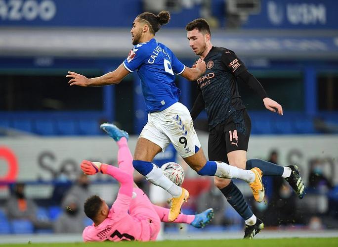 Siêu sao bùng nổ, Man City tốc hành đoạt vé bán kết FA Cup - Ảnh 1.