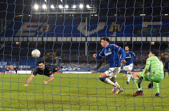Siêu sao bùng nổ, Man City tốc hành đoạt vé bán kết FA Cup - Ảnh 5.