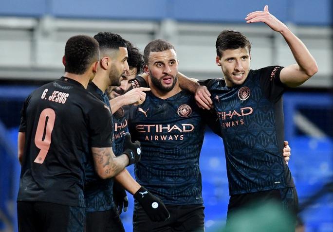 Siêu sao bùng nổ, Man City tốc hành đoạt vé bán kết FA Cup - Ảnh 8.