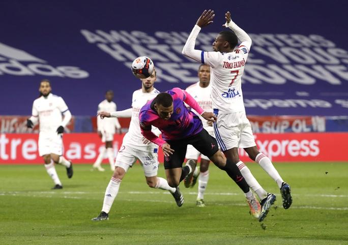 Mbappe lập cú đúp, PSG đả bại kình địch, chiếm ngôi đầu Ligue 1 - Ảnh 3.