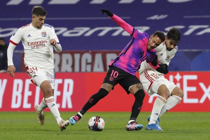 Mbappe lập cú đúp, PSG đả bại kình địch, chiếm ngôi đầu Ligue 1 - Ảnh 2.