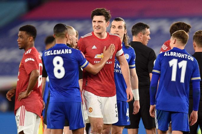 Tứ kết FA Cup: Công cùn thủ kém, Man United thua tan tác Leicester  - Ảnh 8.
