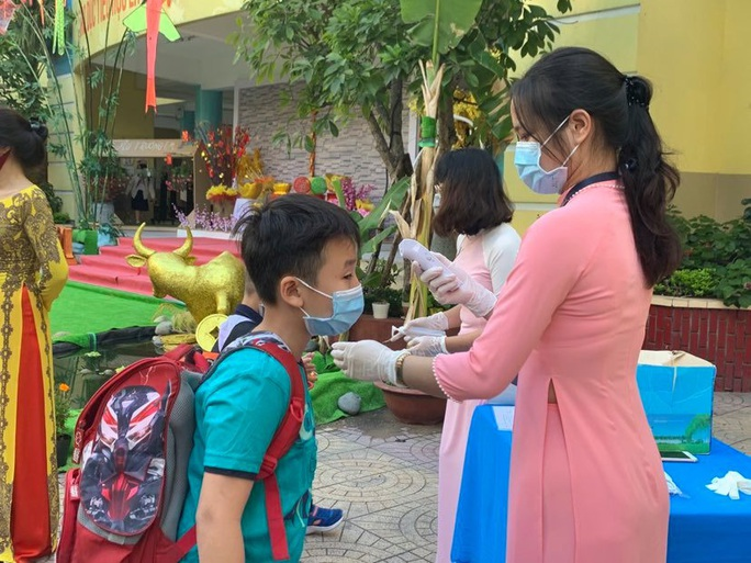 TP HCM: Lùi lịch tuyển sinh đầu cấp, ngày 16-8 khảo sát vào lớp 6 Trường chuyên Trần Đại Nghĩa - Ảnh 1.