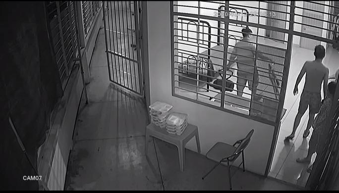Vụ cán bộ bị tố đánh học viên cai nghiện: Giám đốc Sở LĐ-TB&XH TP HCM nói gì? - Ảnh 2.